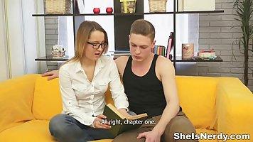 Она знает как правильно сосать порно — img 8